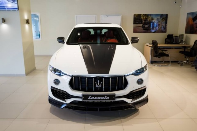tim-hieu-nhanh-maserati-levante-do-body-kit-novitec-1